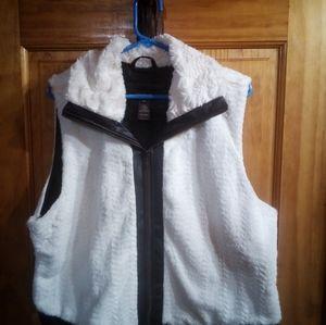 Multiples Vest
